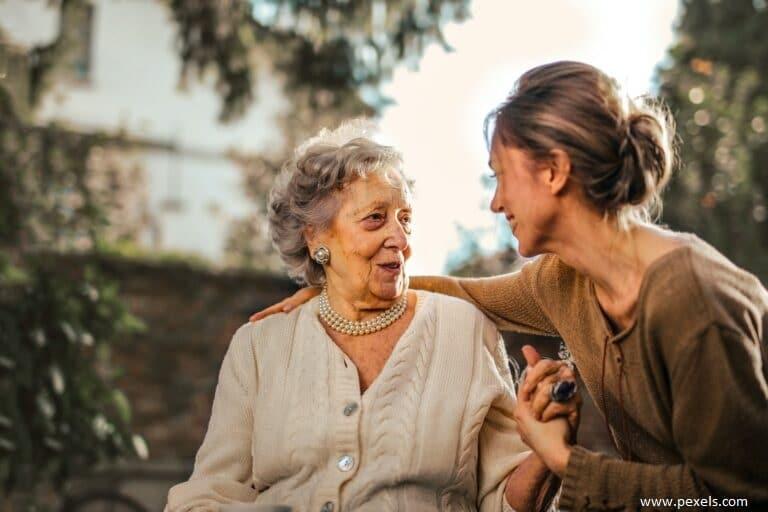 Na péči o blízkého nemusíte být sami aneb Úvod do světa podpůrných sociálních a zdravotních služeb